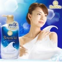 COW牛乳石碱Bouncia 浓密泡沫沐浴露 550ml